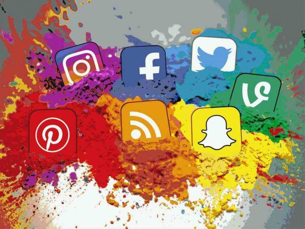 تاثیر شبکه های اجتماعی در کسب وکارها